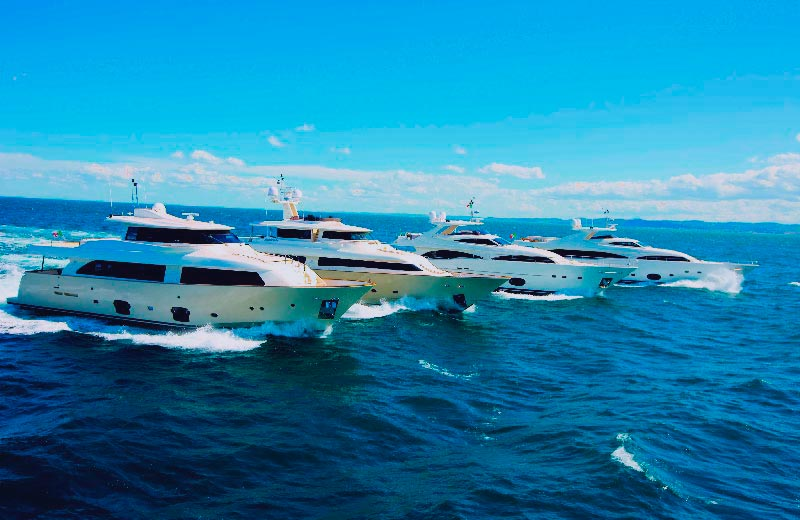 Luxury/Leisure Boats